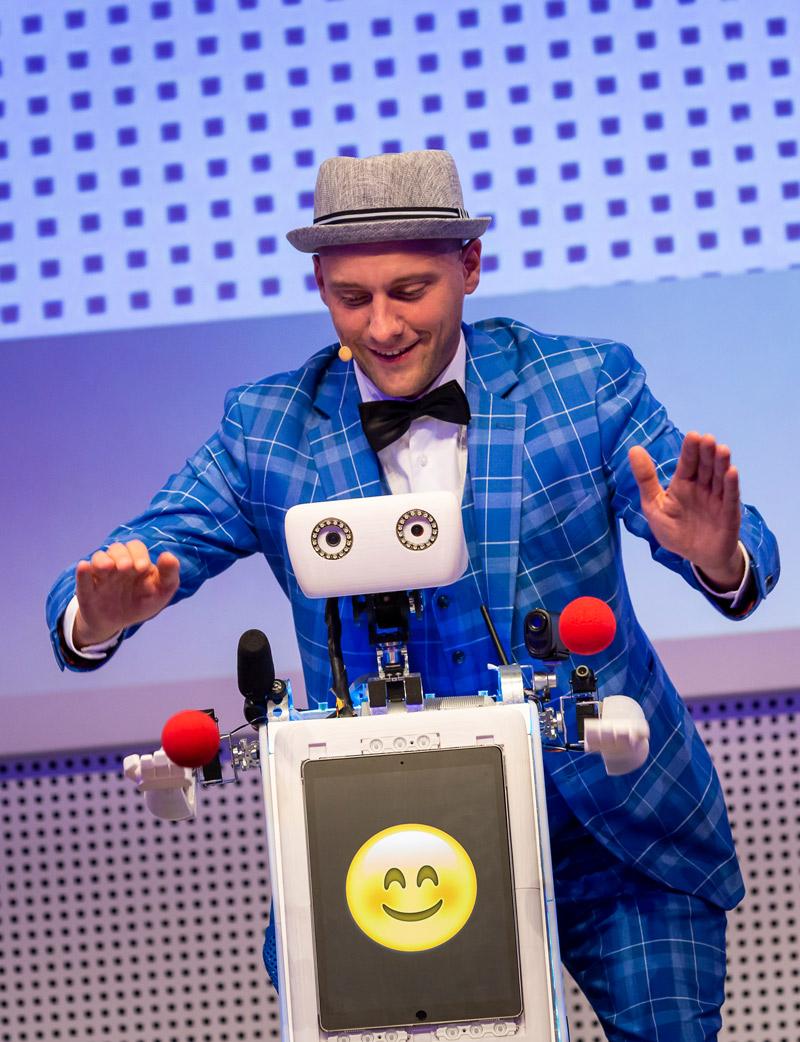 Zauberer Weihnachtsfeier mit Weihnachtsshow und Weihnachts-Roboter